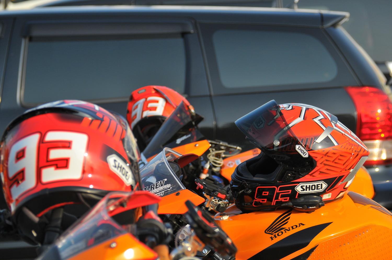 マルケスのヘルメット率w