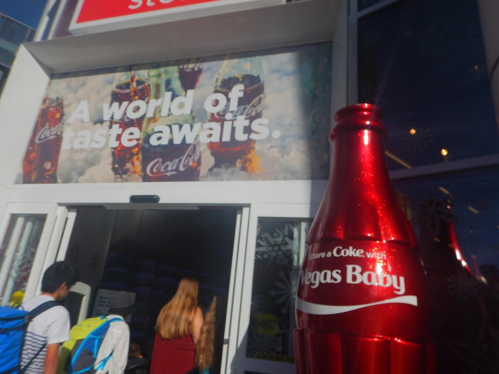コカ・コーラのお店があった