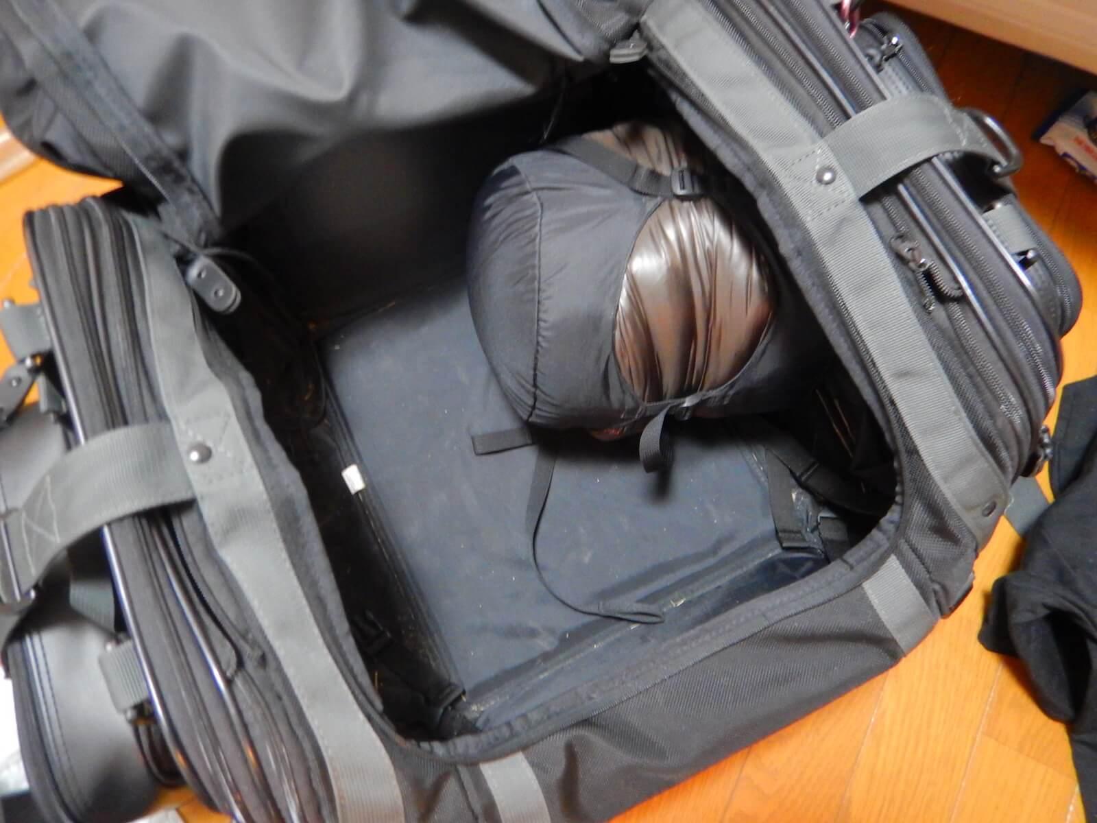 タナックスのシートバッグにオーロラ600