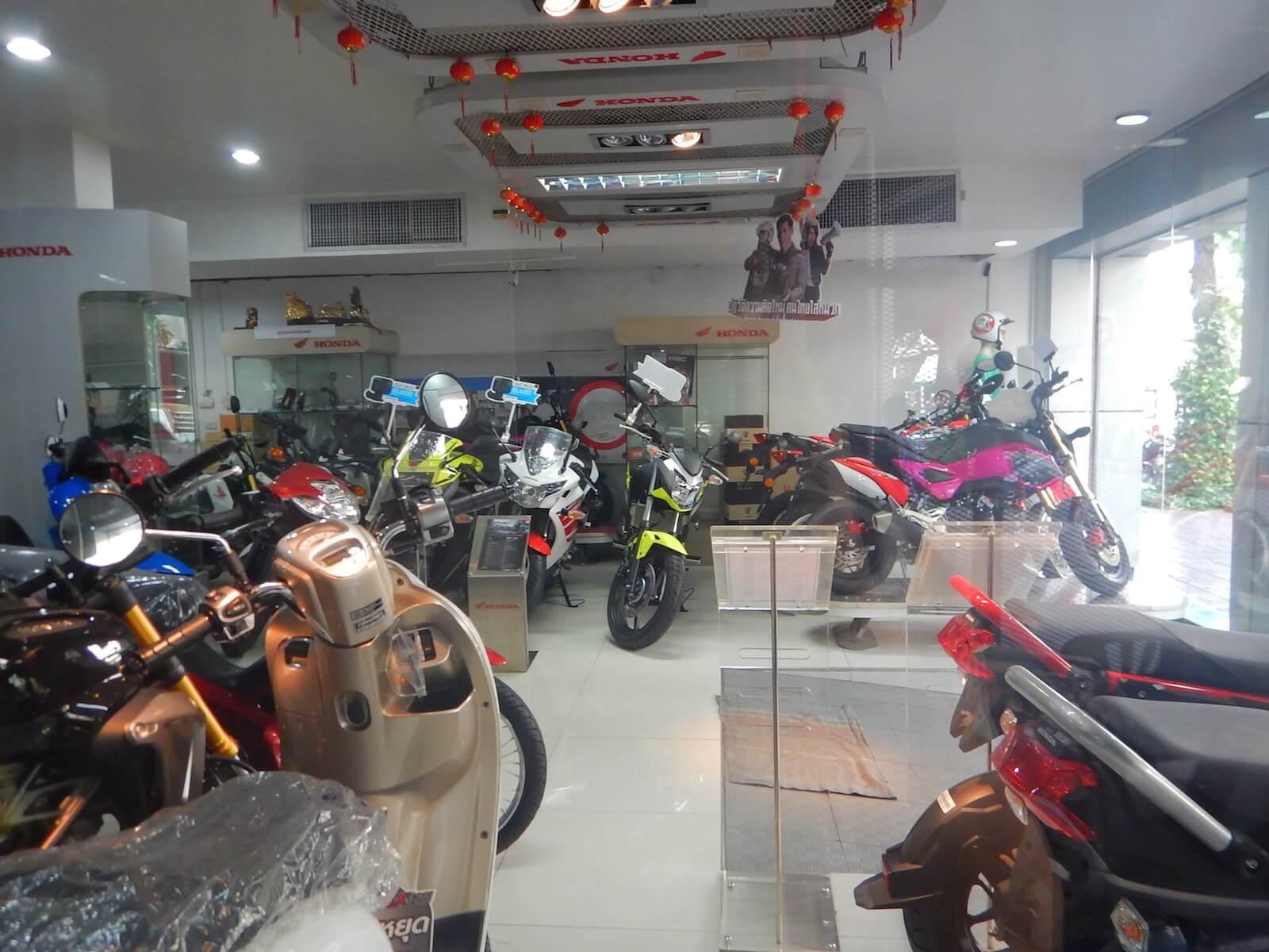 タイホンダ製のバイク屋さん