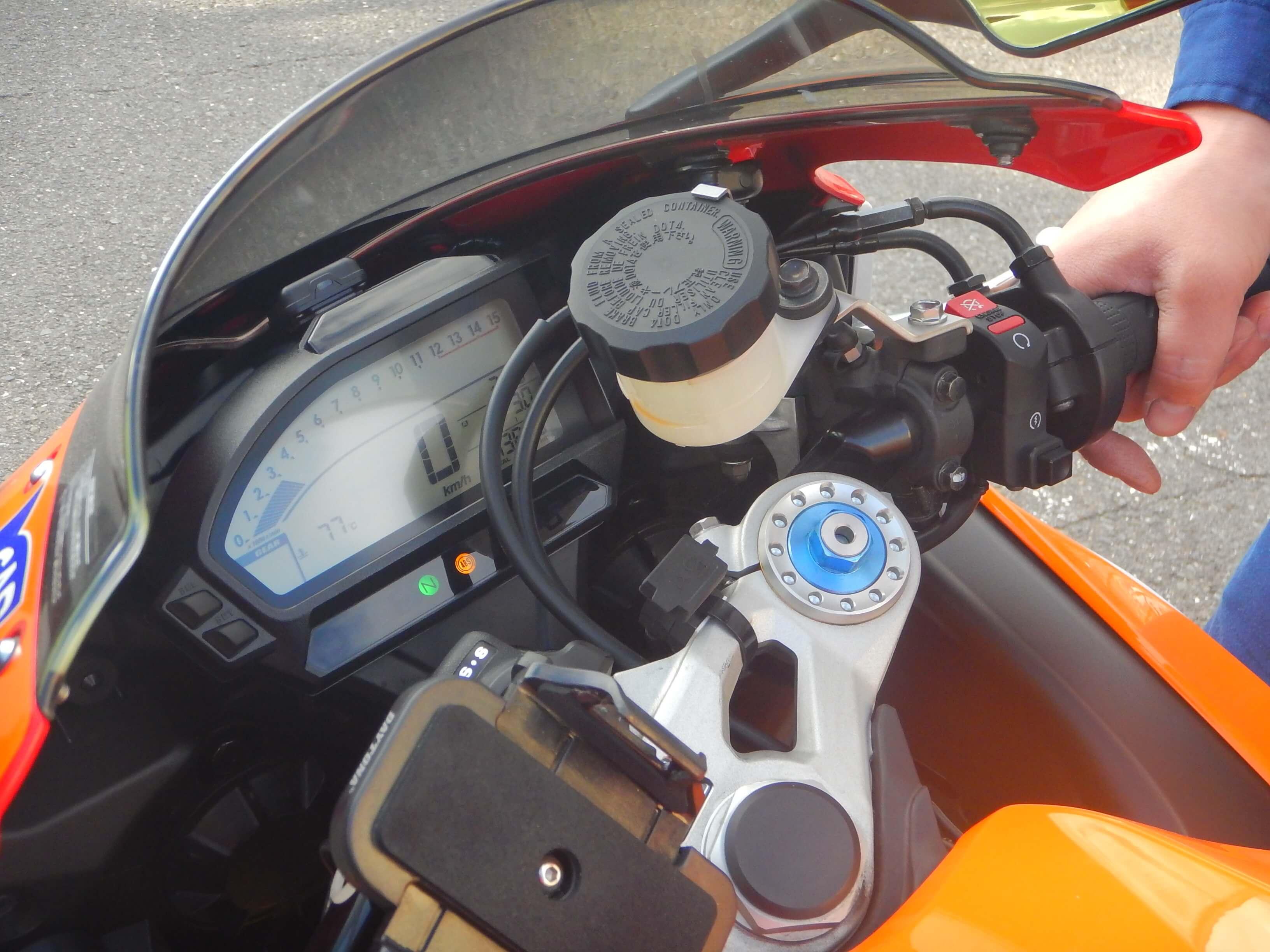 CBR1000RR(SC59)の冷却ファン故障