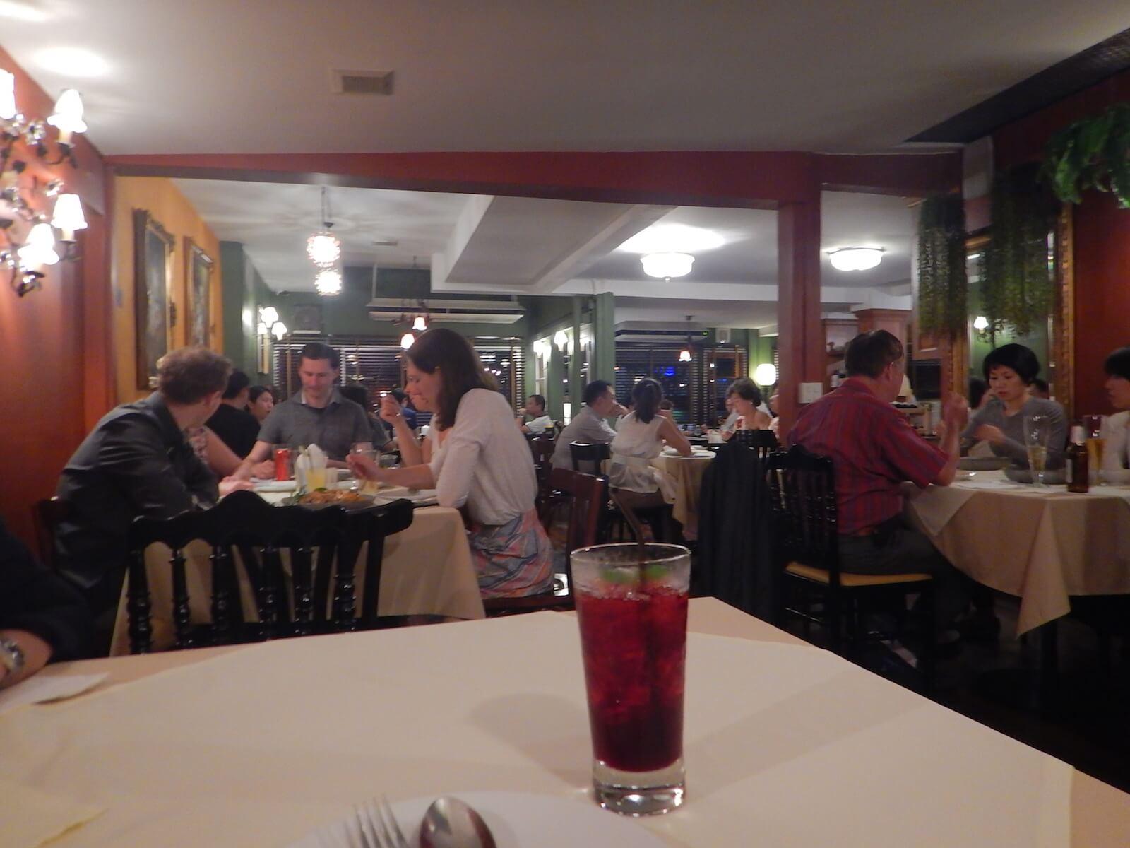 きれいなレストランです